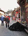 Shoveling coal (6240147463).jpg