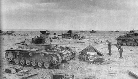 The aftermath of the Sidi Rezegh battle with several knocked-out Panzer IIIs SidiRegezWesternDesert1941.JPG