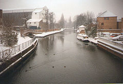 Snow in Ware, Hertfordshire, February 1991.jpg