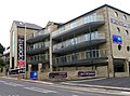 Somersby Court - New Apartments - Somerset Road, Almondbury - geograph.org.uk - 966227.jpg