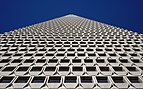 South face of the Transamerica Pyramid, 2017.jpg