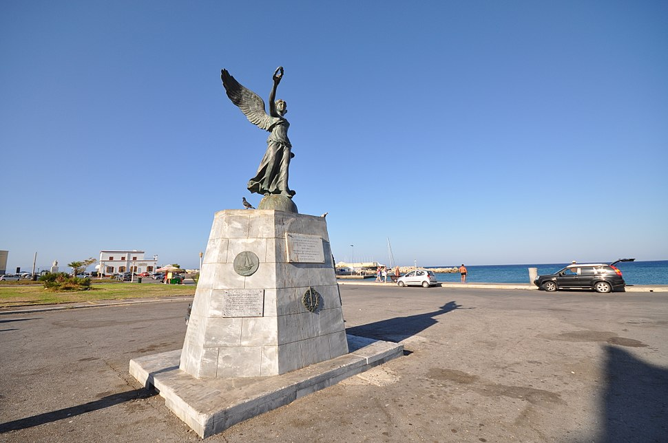 Statue of Victory (9454519944)