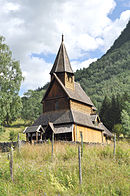 Stave church Urnes, exterior view 2.jpg