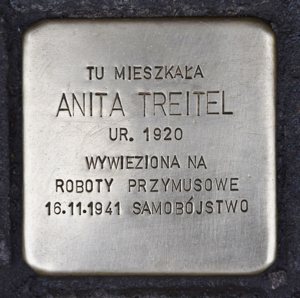 Stolperstein für Anita Treitel.JPG