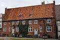 Stralsund, Auf dem Sankt Nikolaikirchhof 1 2 (2012-03-18), by Klugschnacker in Wikipedia.jpg