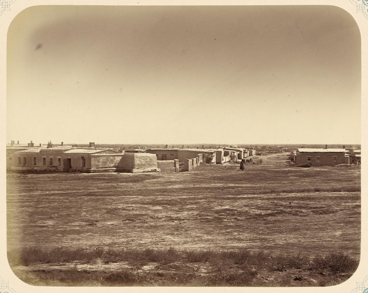 Сырдарьинская область.  Город Перовск.  Восточная часть города, вид с фортификации WDL10936.png