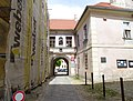Třeboň, brána kláštera.jpg