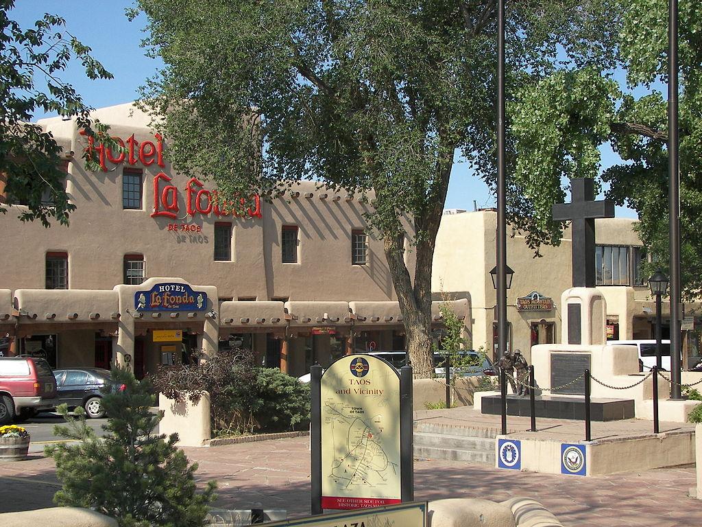 Taos plaza la fonda