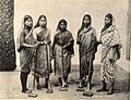 Tapiwalis in Bombay in the 1890s, photographed by Cambridge and Company.jpg