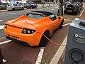 Tesla Roadster 2011 (36475174386).jpg