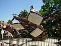 The Flying Machine 1 (Busch Gardens Williamsburg).jpg