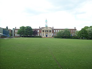 The Hemel Hempstead School - Image: The Hemel Hempstead School (main block)