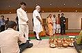 The Prime Minister, Shri Narendra Modi meets the artisans and weavers, at the Deendayal Hastkala Sankul, in Varanasi, Uttar Pradesh (1).jpg
