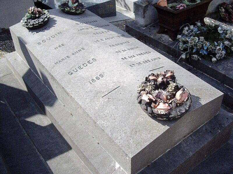 File:Tombe Eugène Boudin, Cimetière Saint-Vincent, Paris.jpg