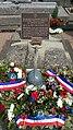 Tombe du général Salan, pierre tombale, cimetière de Vichy.jpg