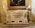 Tombeau gothique de Sainte Marthe.jpg