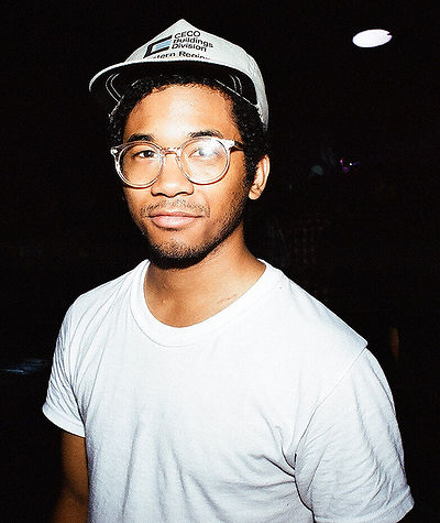 Picture of a band or musician: Toro Y Moi