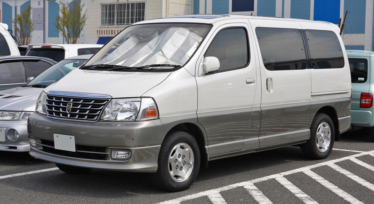 Toyota Grand Hiace CH10 001.JPG