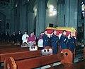 Traslado del cuerpo de la reina Mercedes (2000).jpg
