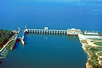USACE Jim Woodruff Lock and Dam.jpg