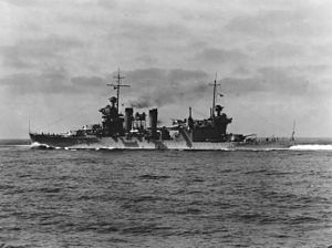 USS Quincy (CA-39) underway at sea, circa 1937 (NH 50314).jpg