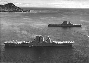 USS Saratoga (CV-3) and USS Lexington (CV-2) off Diamond Head on 2 February 1933.jpg