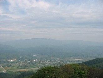 Unicoi, Tennessee - Unicoi viewed from Buffalo Mountain