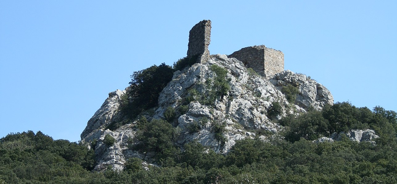 Vailhan (Hérault)- château.