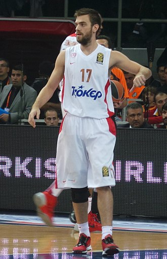 Vangelis Mantzaris - Mantzaris during an Olympiacos game in 2013