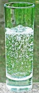 eau plate ou gazeuse