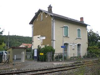 Les Versannes station railway station in La Douze, France