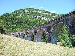 320px-Viaducs_Morez dans Jura
