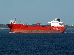 Vigdis Knutsen IMO 9052989 - leaving Port of Rotterdam, Holland 15-Jul-2006.jpg