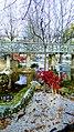 Villa Comunale con fontana e pensilina.jpg