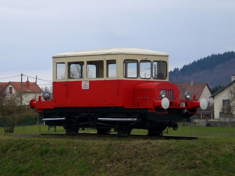 Draisine Billard DU 49-3-010, SNCF, exposée à Saint-Pourçain-sur-Sioule.