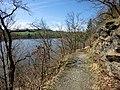 Wanderweg entlang der Talsperre Pirk 1 - panoramio.jpg