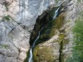 File:Wasserfall im Triglav-Nationalpark in Slowenien.webm