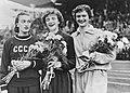 Winnaressen dames 200m Puck Brouwer, Bestanddeelnr 905-2385 (cropped & rotated).jpg