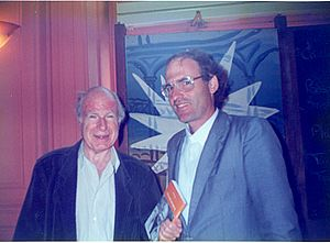 "Ouriel Zohar - Ouriel Zohar gives his book in Hebrew ""Meetings with Peter Brook,"" to Peter Brook, Paris 1991"