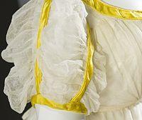 Woman's Dress LACMA M.2007.211.18 (3 of 5).jpg