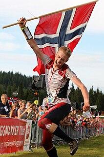 Olav Lundanes orienteer
