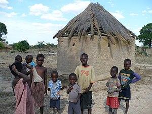 English: Zambian kids in the rural area