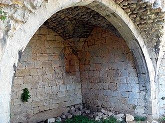 Çandır Castle - A chamber inside the castle