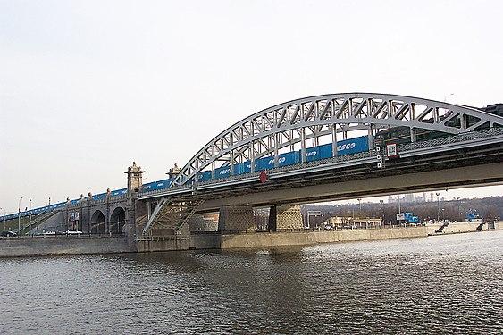 Бережковский мост в Москве.jpg