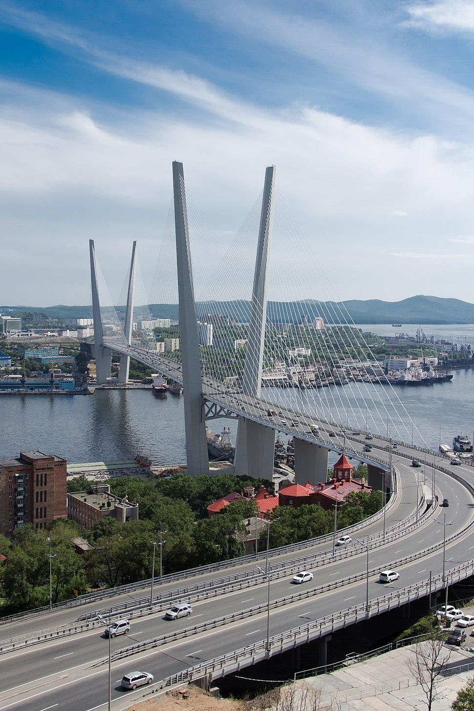 Золотой мост, июль 2013
