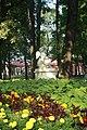 Скульптура в саду.jpg