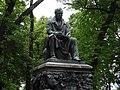 Творение П.К. Клодта - памятник Ивану Андреевичу Крылову в Летнем саду.jpg