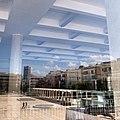 זכוכיות היכל התרבות והשתקפות כיכר הבימה 28 9 13 1447.JPG