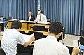2011.7.27文部科学省にて記者会にて戴峰(右).JPG