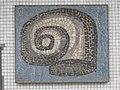 1100 Ada Christen-Gasse 11 Stg. 44 PAHO - Mosaik-Hauszeichen von Johannes Wanke IMG 7886.jpg